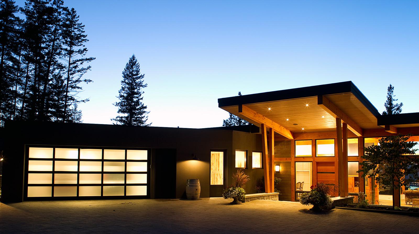 entry detail timber frame
