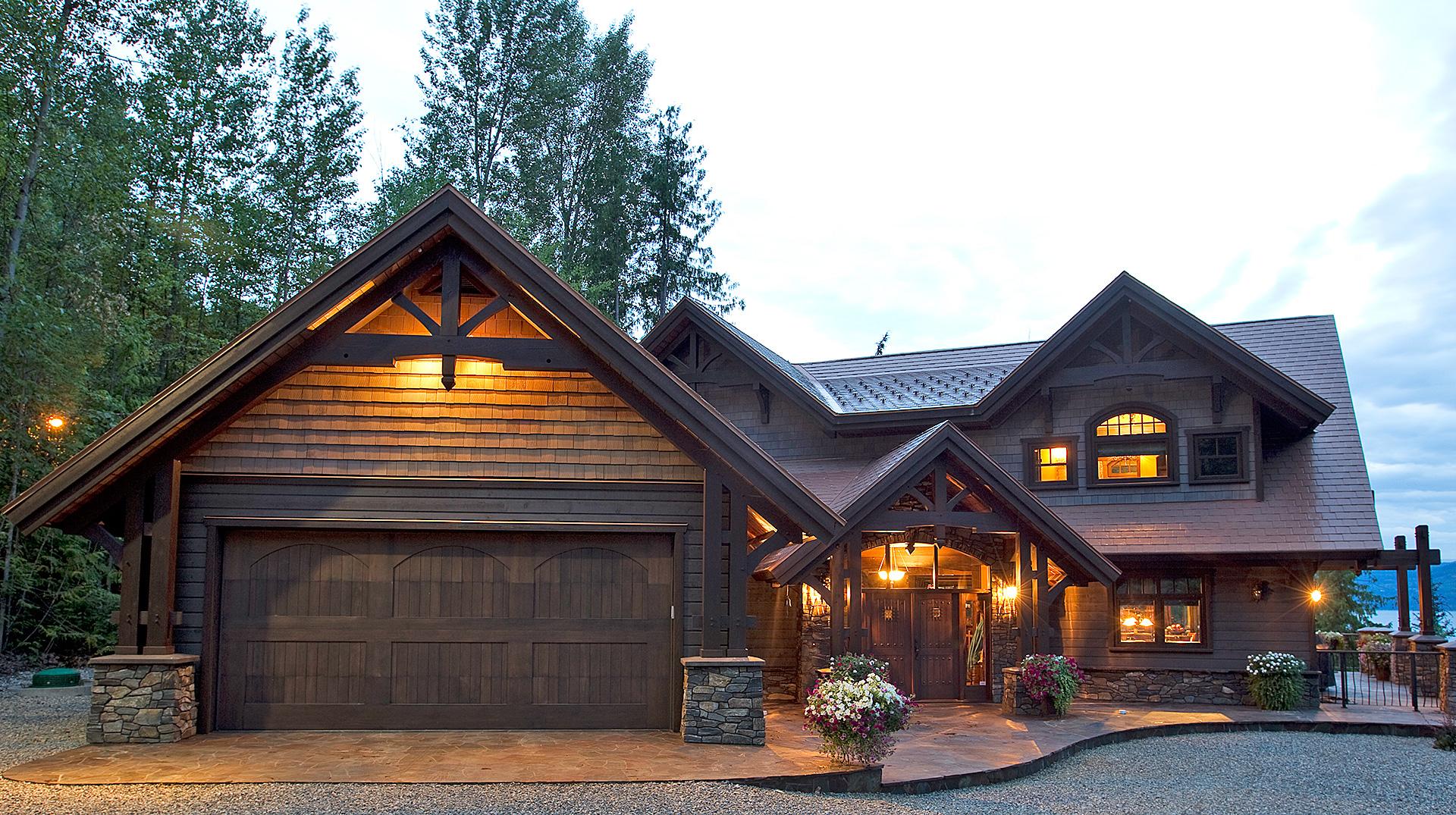 Shuswap lake hammer beam residence